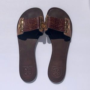 Tory Burch Gail Leather w/ Gold Logo Slide Sandals